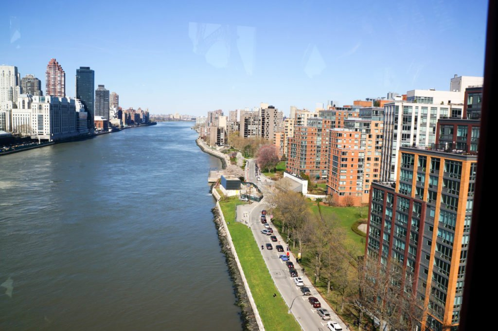 East side of Roosevelt Island